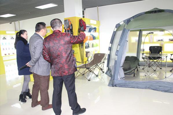 广州新华汽车用品展贸中心快捷4s公司风水策划
